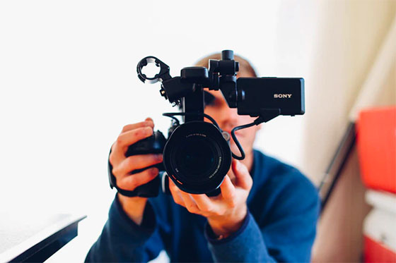 Focus on the present - How to Relieve Stress While Making Documentary Films